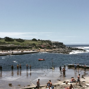 piscina com mar australia